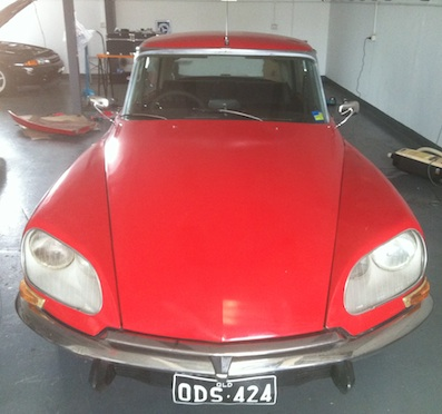 Citroen DS with new Mirrors